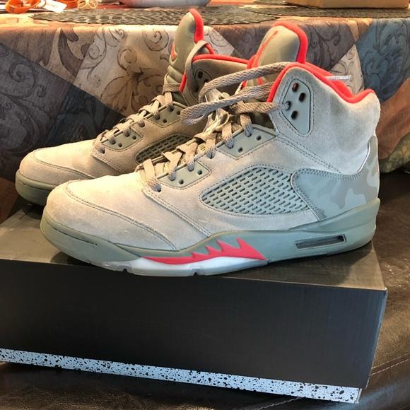 e7d81715c2f8 Jordan Other - Air Jordan Retro 5 Camo Size   11